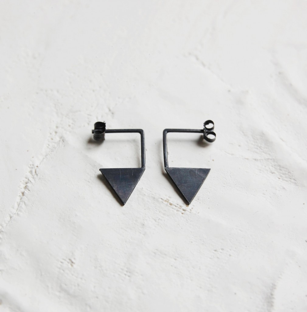 4 Silver geometric triangle earrings