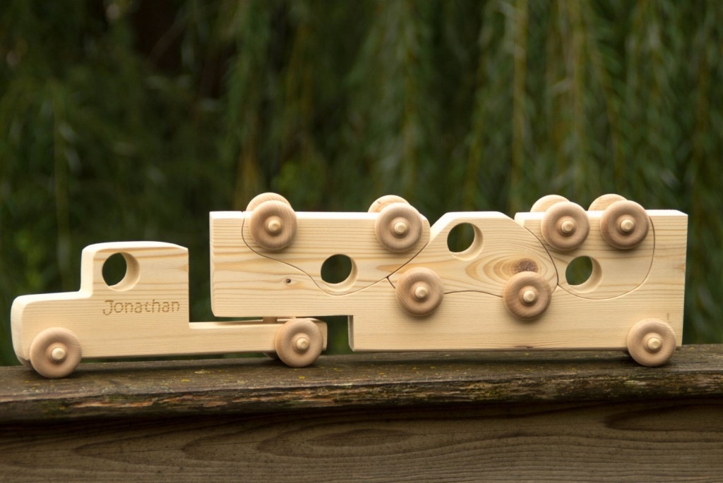 5 Wooden Truck with Toy Cars