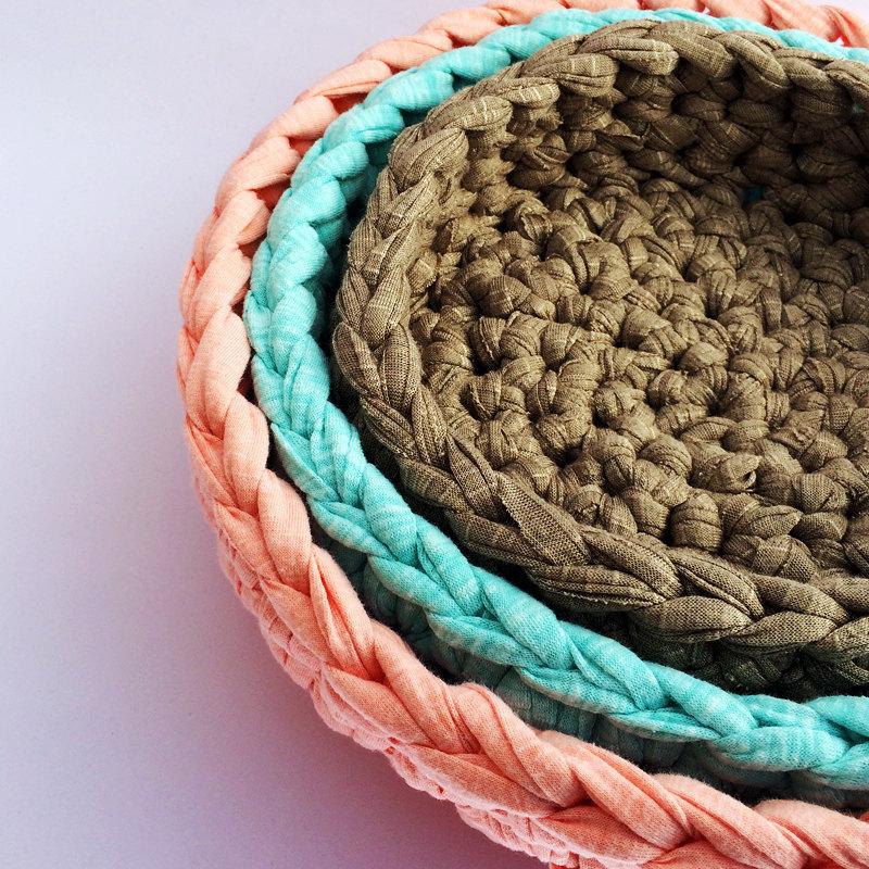3 Nesting bowls