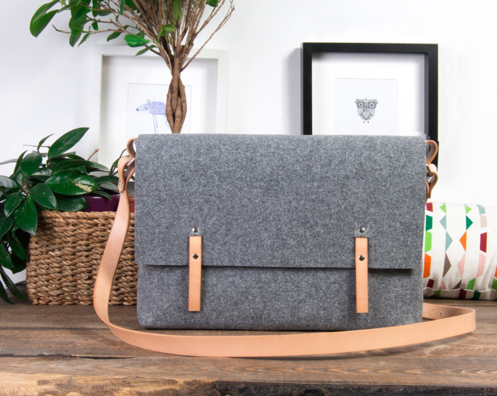 5 15-inch laptop bag