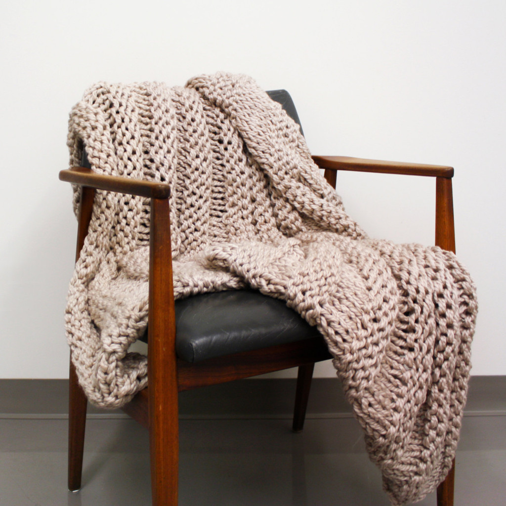 5 Chunky Knit Wool Blanket Throw