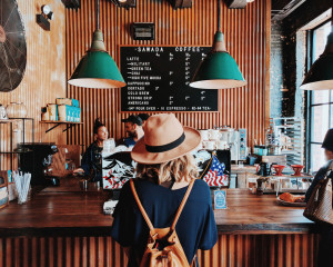 The-Definitive-Guide-To-Instagram-Etiquette-photo-via-unsplash-coffee-shop