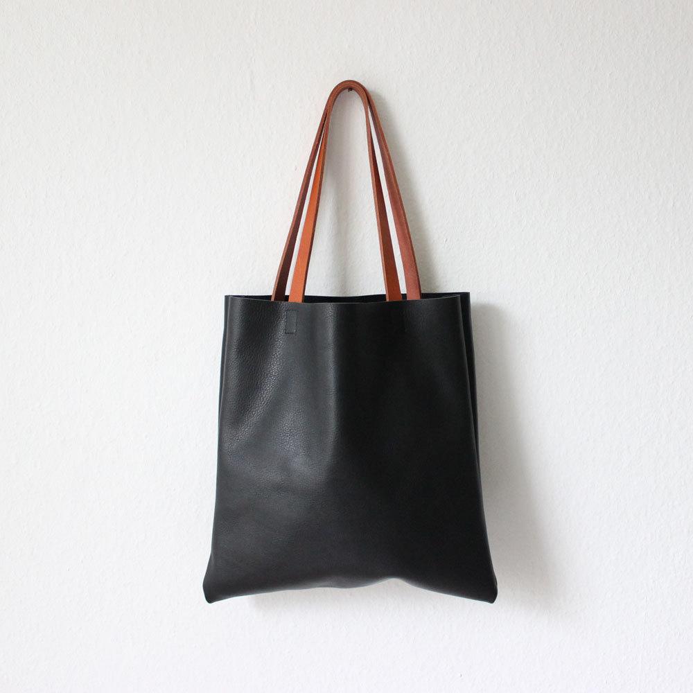 4 black leather shopper