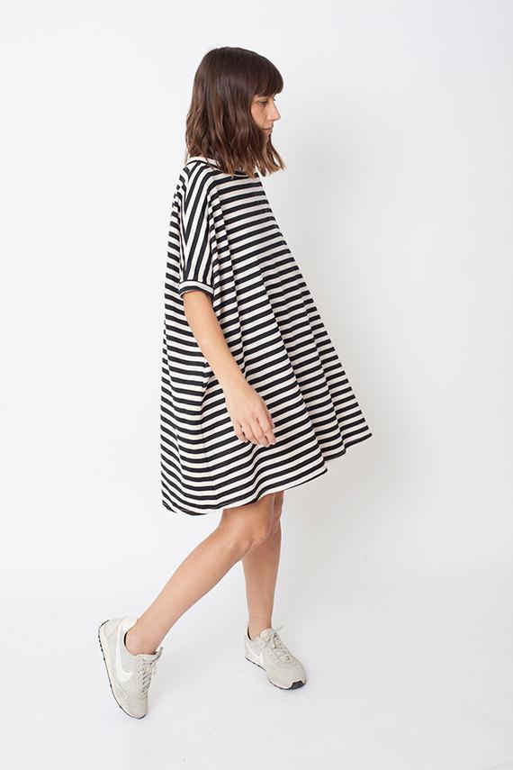 1 Black white dress oversize dress